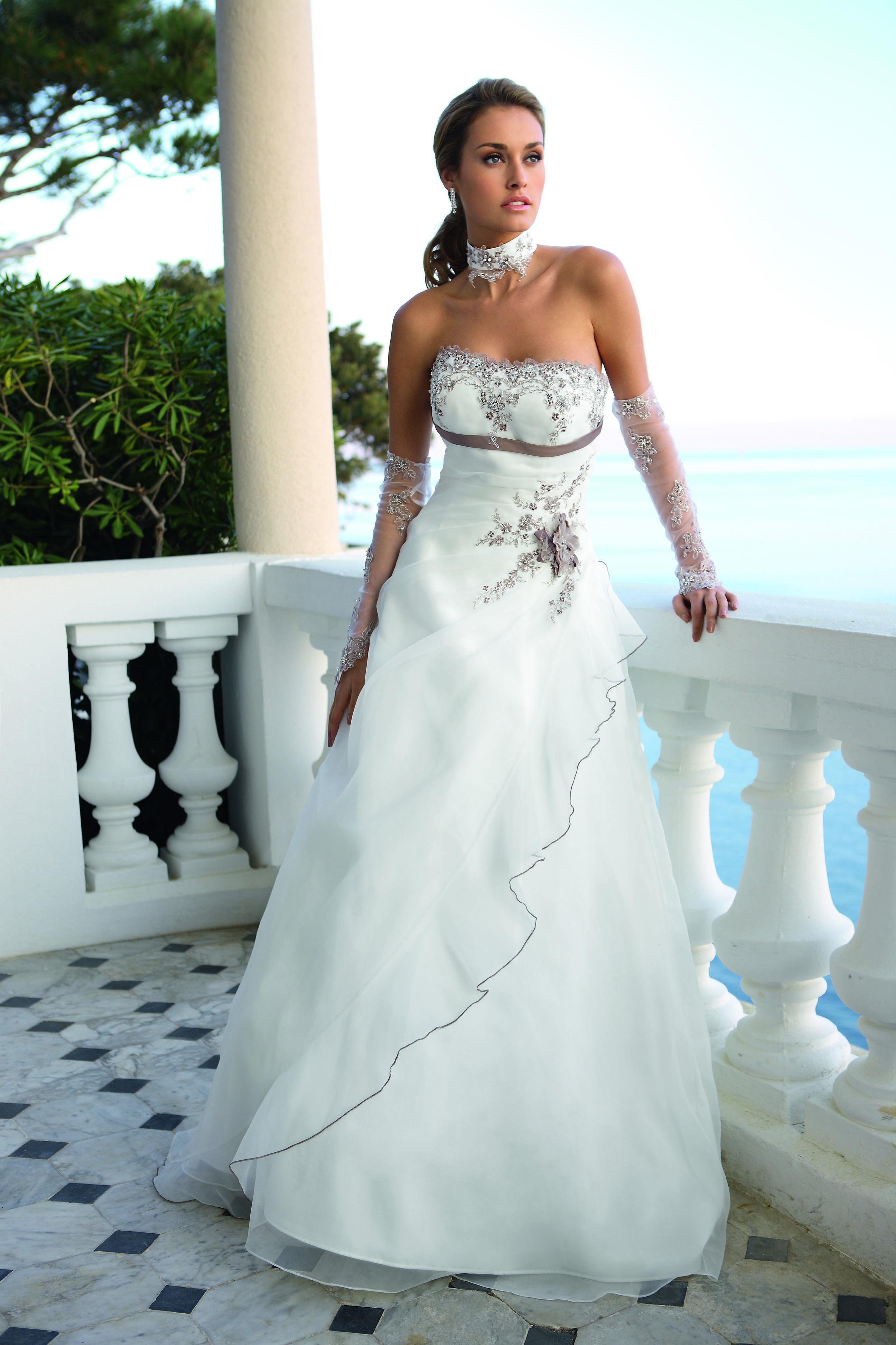 Ladybird Wedding Dress Style 33069 Ivory Cappuccino Silver Brautkleid Hochzeitskleid Hochzeitskleid Creme