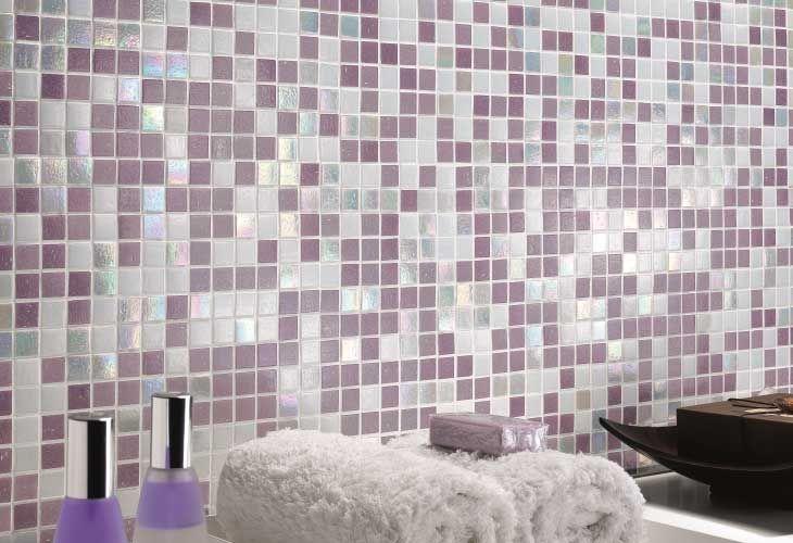 Mosaico di vetro per il bagno mix lilla mosaici bagno - Piastrelle di vetro ...