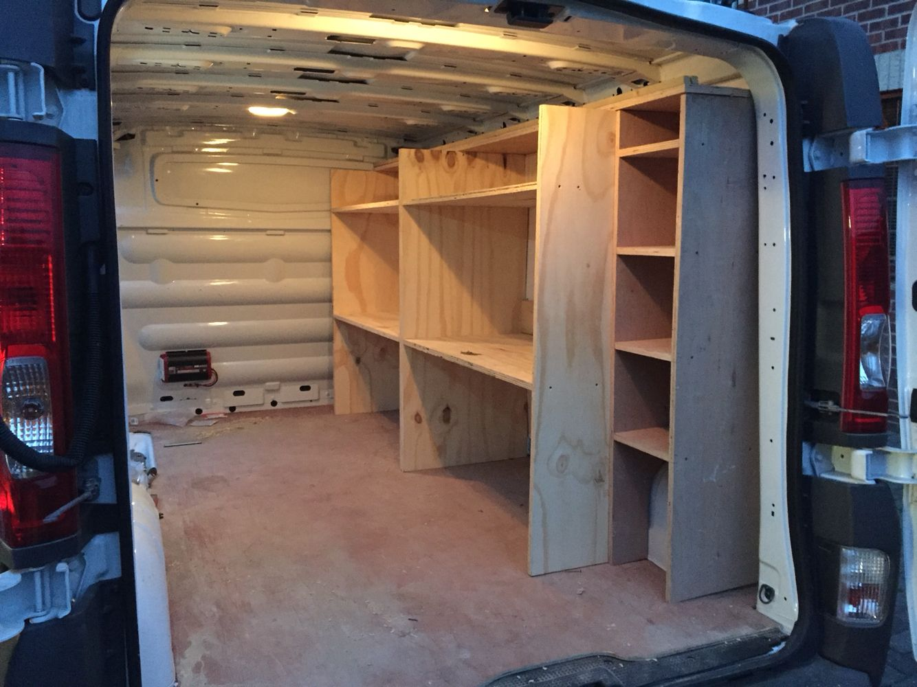 van storage van racking to help organise tools. Black Bedroom Furniture Sets. Home Design Ideas