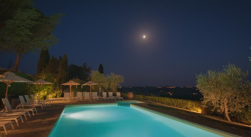 """A Mediterranean-style bed-and-breakfast set in the jaw-dropping Chianti countryside, the Villa I Barraconi is definitely an idyllic backdrop to say """"I do,"""" even if you're just in it for the food."""