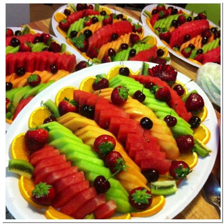 Fruit platters - possible fruits for January: pineapple, kiwi, mango ...