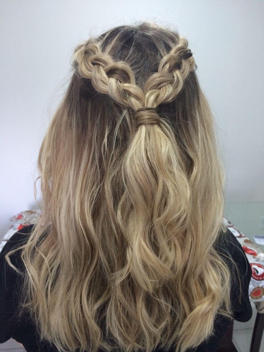 Lara G. Pereira  Medium hair braids, Hair, Hair styles