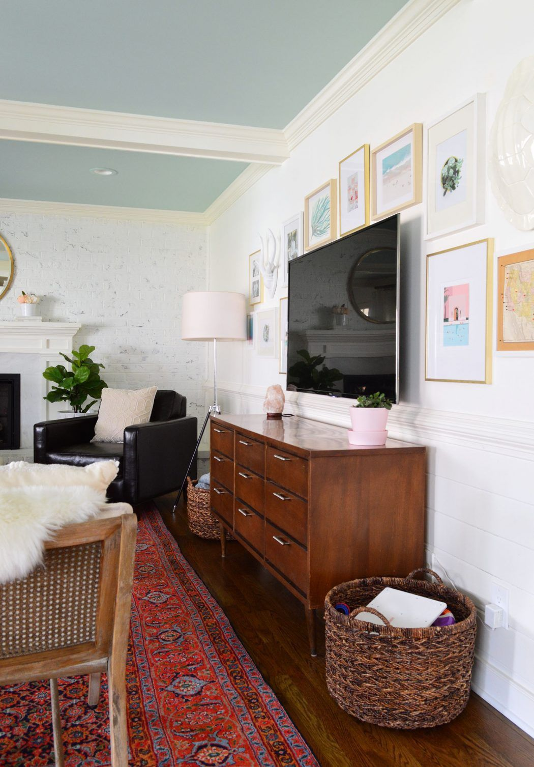 how to make a gallery wall around a tv living room tv on wall frames id=63745
