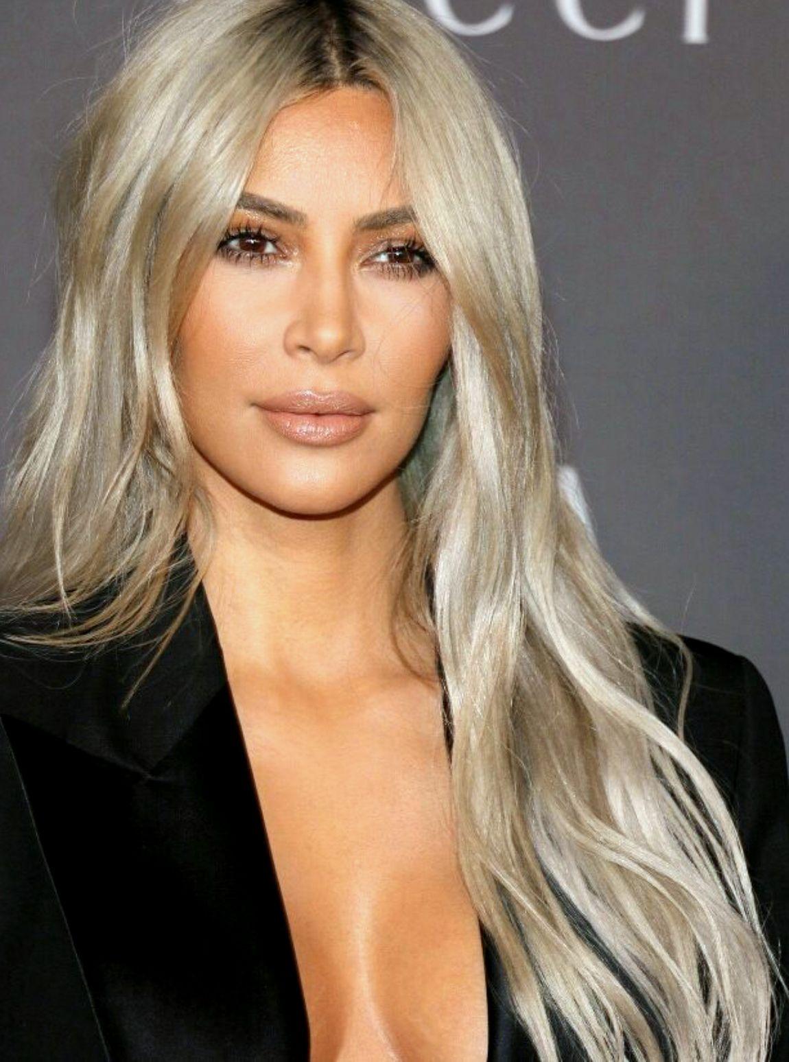 Pinterest Deborahpraha Kim Kardashian Platinum Blonde Hair Haircolor Platinum Blonde Kimkardashian Kkw Beauty Kim Kardashian Makeup Kim K Blonde