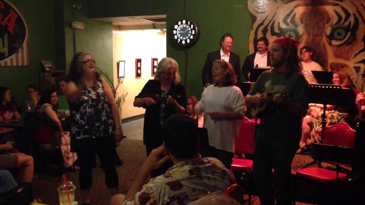 Moe Masters Sings Singing, Master, Concert