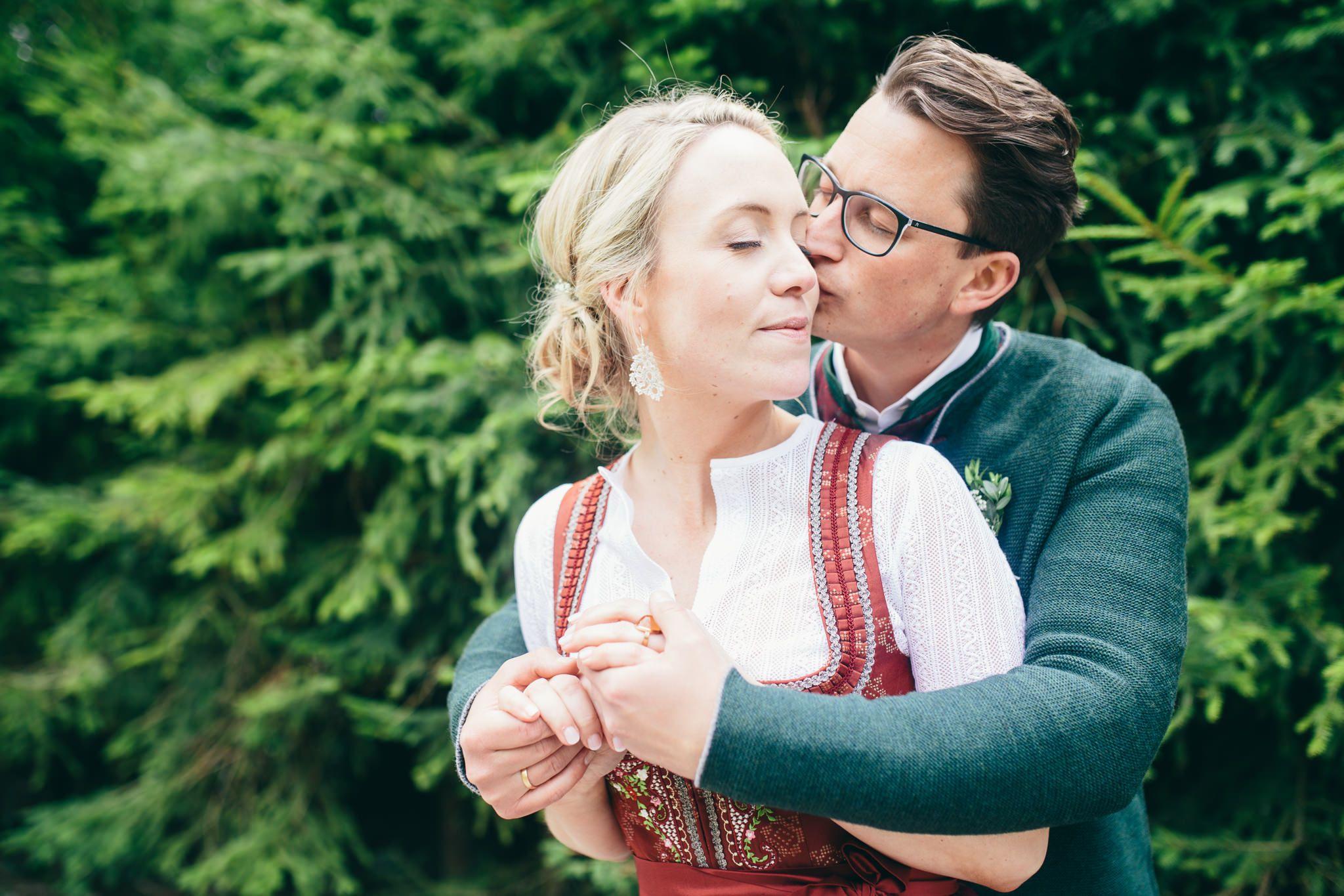 Brautpaar, Vintage-Tracht Hochzeit