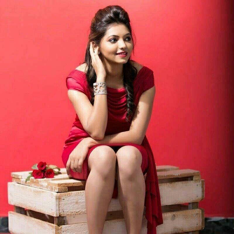 Actress Priya Bhavani Shankar Latest Photo Stills: Athulya Ravi..