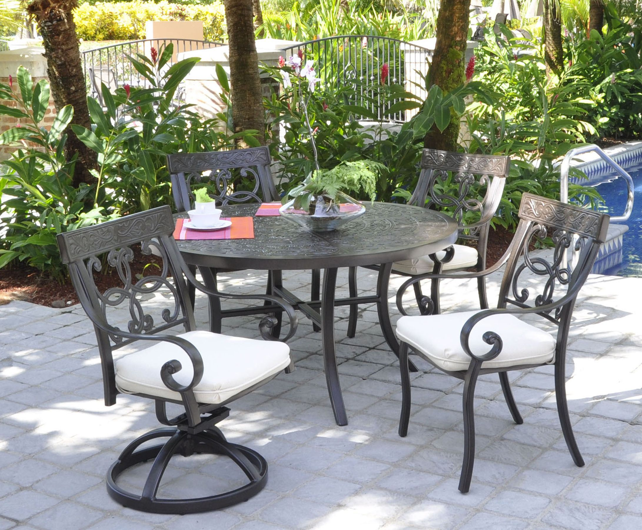 Pride Family Brands Veracruz Outdoor Dining Set Outdoor