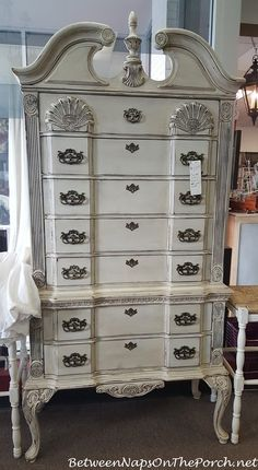 Antiquing At A Cly Flea Antique Dressersfurniture Stylesfurniture Ideaschalk Paint