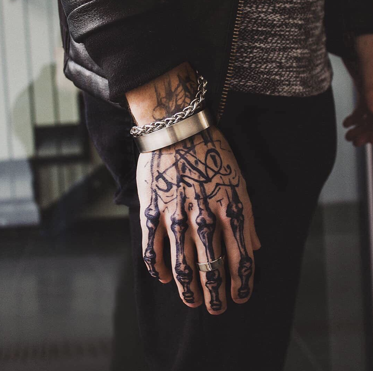 Get Your Hands On It Then Get It On Your Hands Inkbox Freehand By Dimavys4 Inkboxlove Freehand Hand Tattoos For Guys Skeleton Hand Tattoo Finger Tattoos