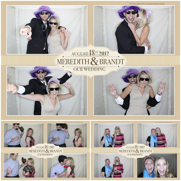 photobooth is a MUST!!!