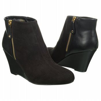 f390d354f466 Report Women s GABRELA at Famous Footwear Wedge Bootie