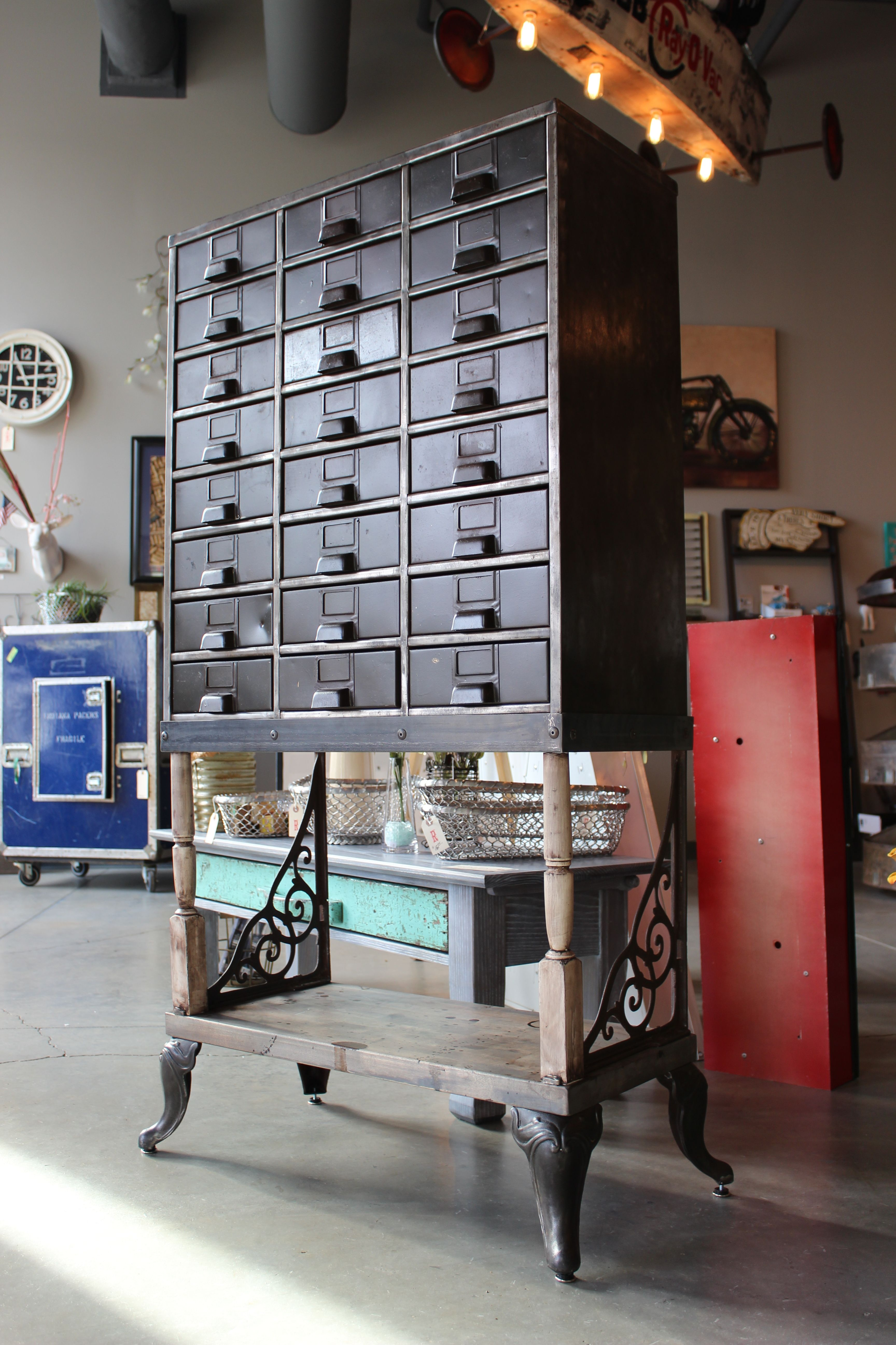 Peachy Vintage Metal File Cabinet That Was Missing A Few Drawers Download Free Architecture Designs Lukepmadebymaigaardcom