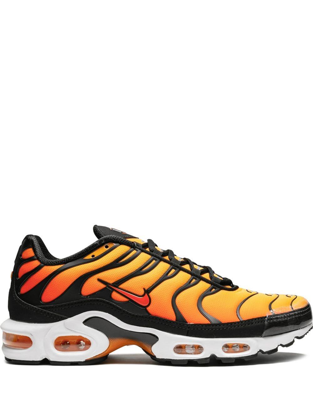 Nike Air Max Plus OG sneakers Orange | Products in 2019