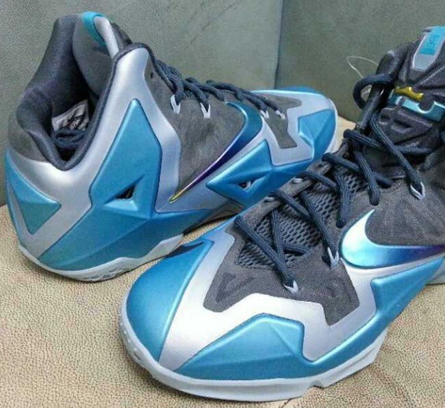 the best attitude 9c622 39efc Nike LeBron XI (11)