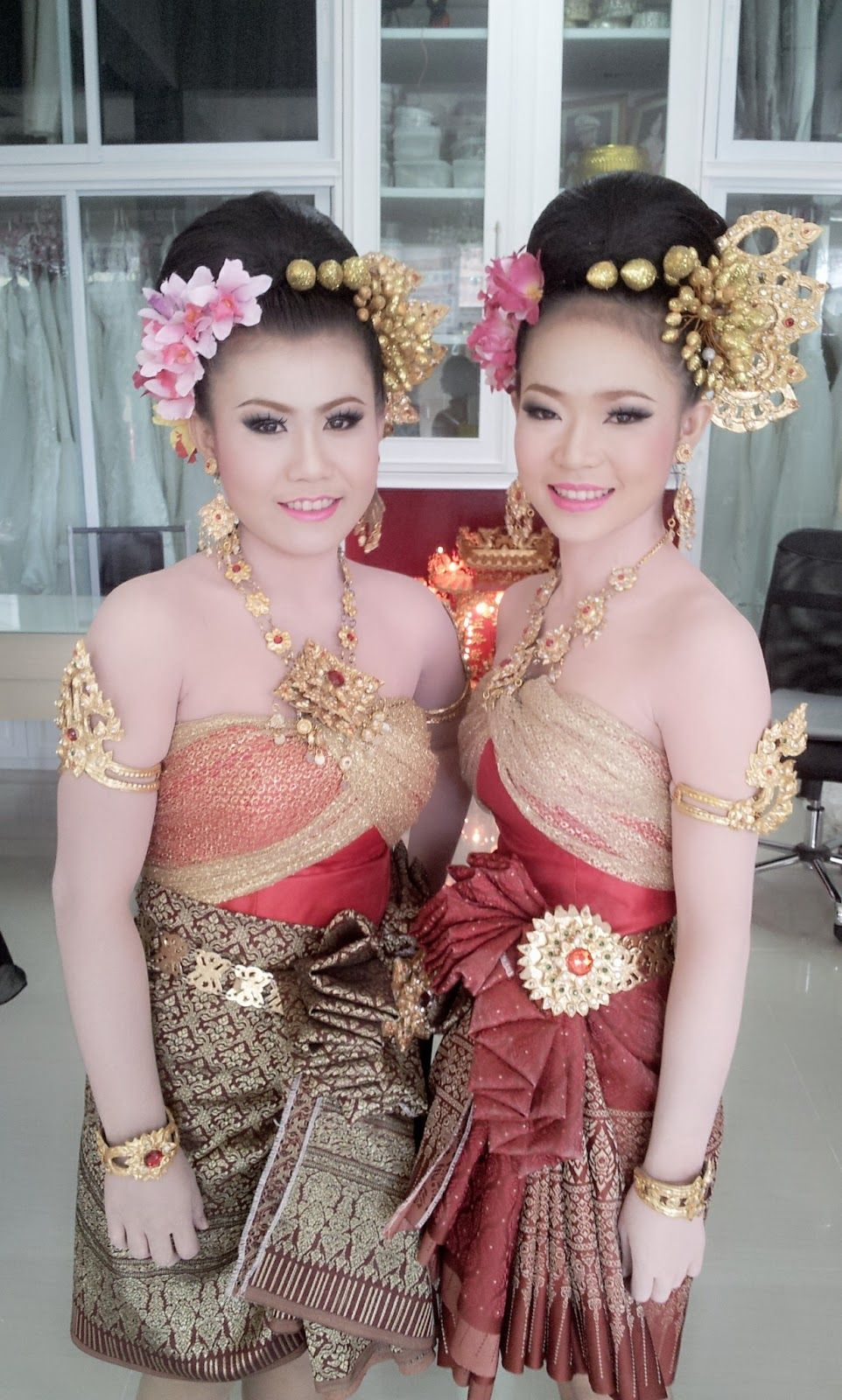 Explore Thailand Costume Thai Traditional Dress And More