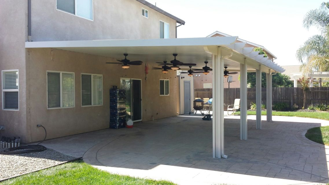 10 X 20 Solid Patio Cover In 2020 Aluminum Patio Covers Roof Styles Aluminum Patio