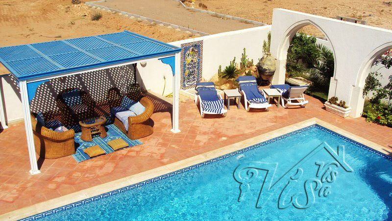 Vis A Vis immobilier vous met une grande gamme de villas avec - location maison avec piscine dans le var