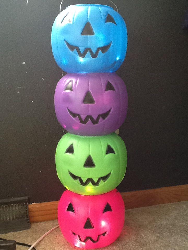 Pumpkin Totem Plastic Pumpkins From Walmart Cut Small Hole In