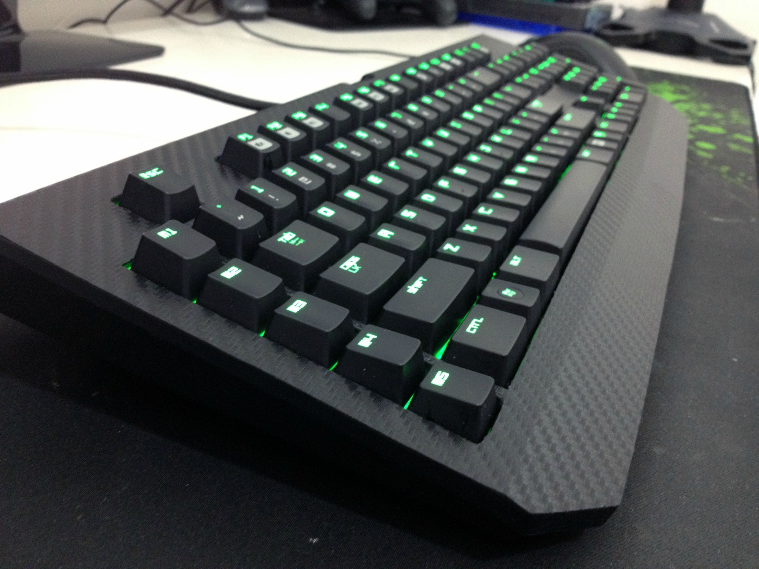 Razer Blackwidow Carbon Fiber Mod Crypod Mechanical