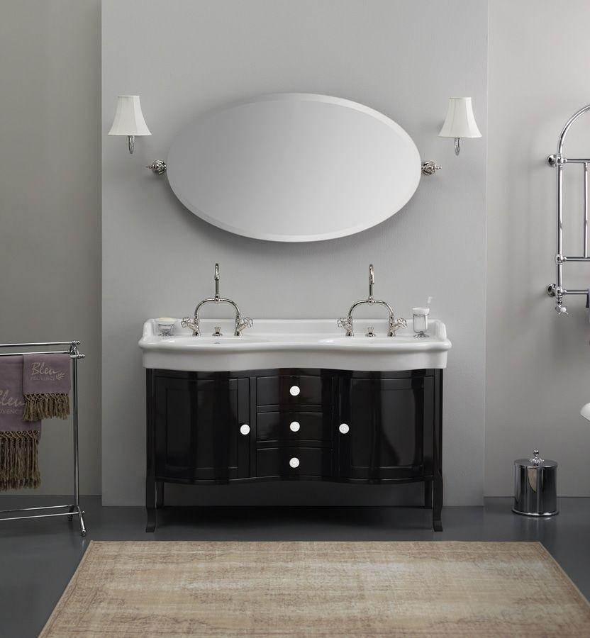 Magnifico lavabo doppio in ceramica retrò su mobile in legno