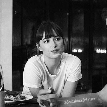 "61 mentions J'aime, 1 commentaires - Fifty Shades  (@fifty_dakota_jamie_) sur Instagram : ""His adorable smile when she said ""I'm Yours"" #FiftyShadesDarker #JamieDornan #DakotaJohnson"""