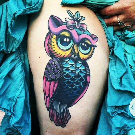 Owl Tattoo Traditional Style Holly City Tattoo Girls With Tattoos Color Saturation Free Hand Tattoos Cute Owl Tattoo Colorful Owl Tattoo Owl Tattoo