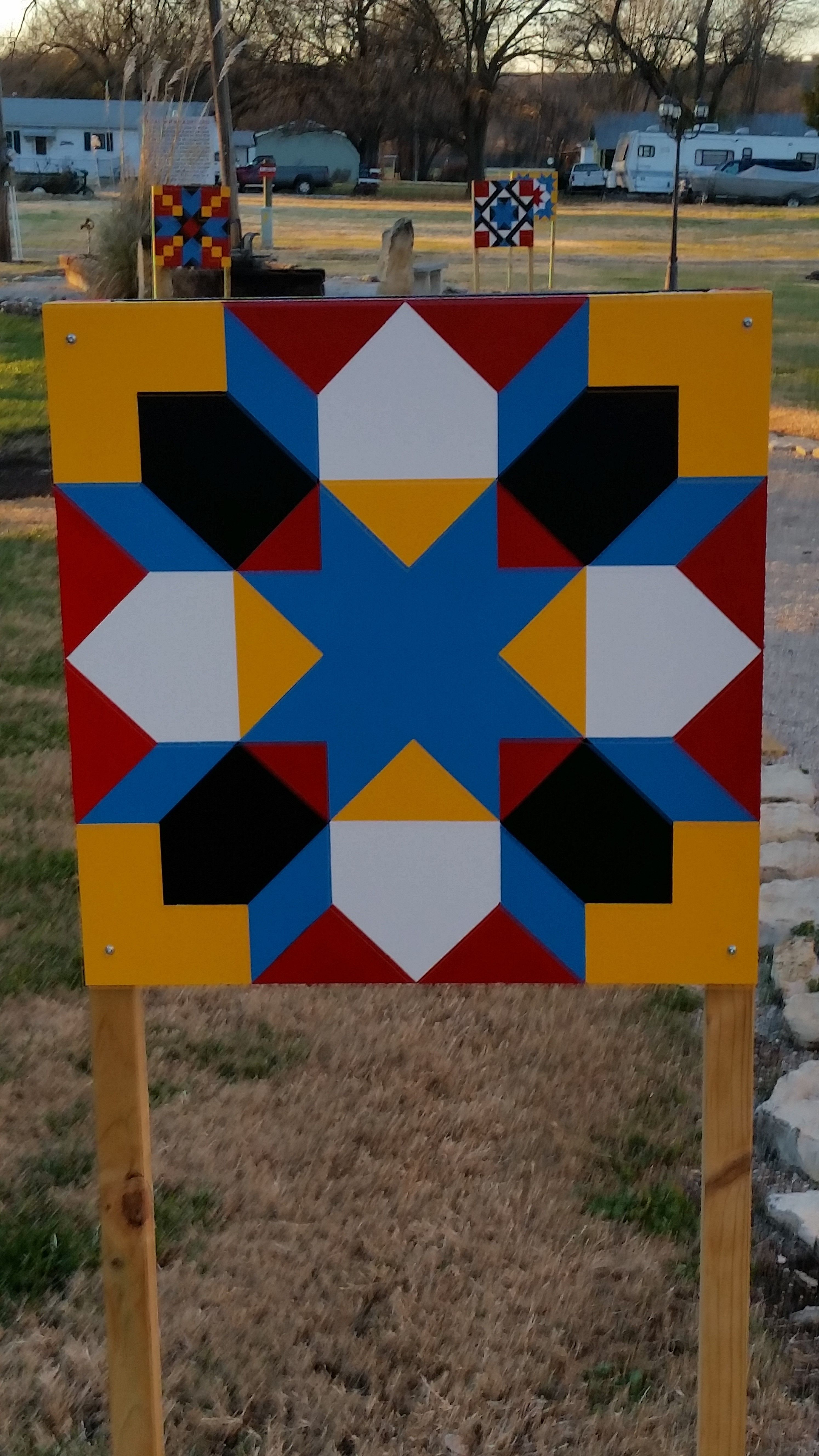Pin By Christine Burns On Barn Quilts Pinterest Barn Quilts