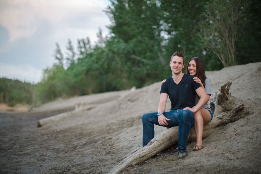 Megan + Nick - http://www.davingphotography.com/2015/06/megan-nick-edmonton-engagement-photographer/