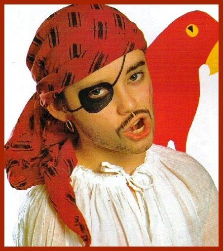 Maquillaje paso a paso de pirata niño