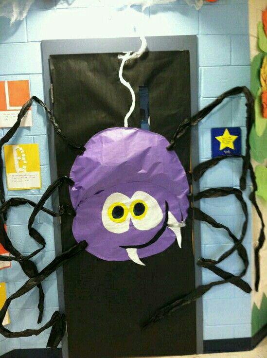Hahaha halloween ideas Pinterest Puertas decoradas, Halloween