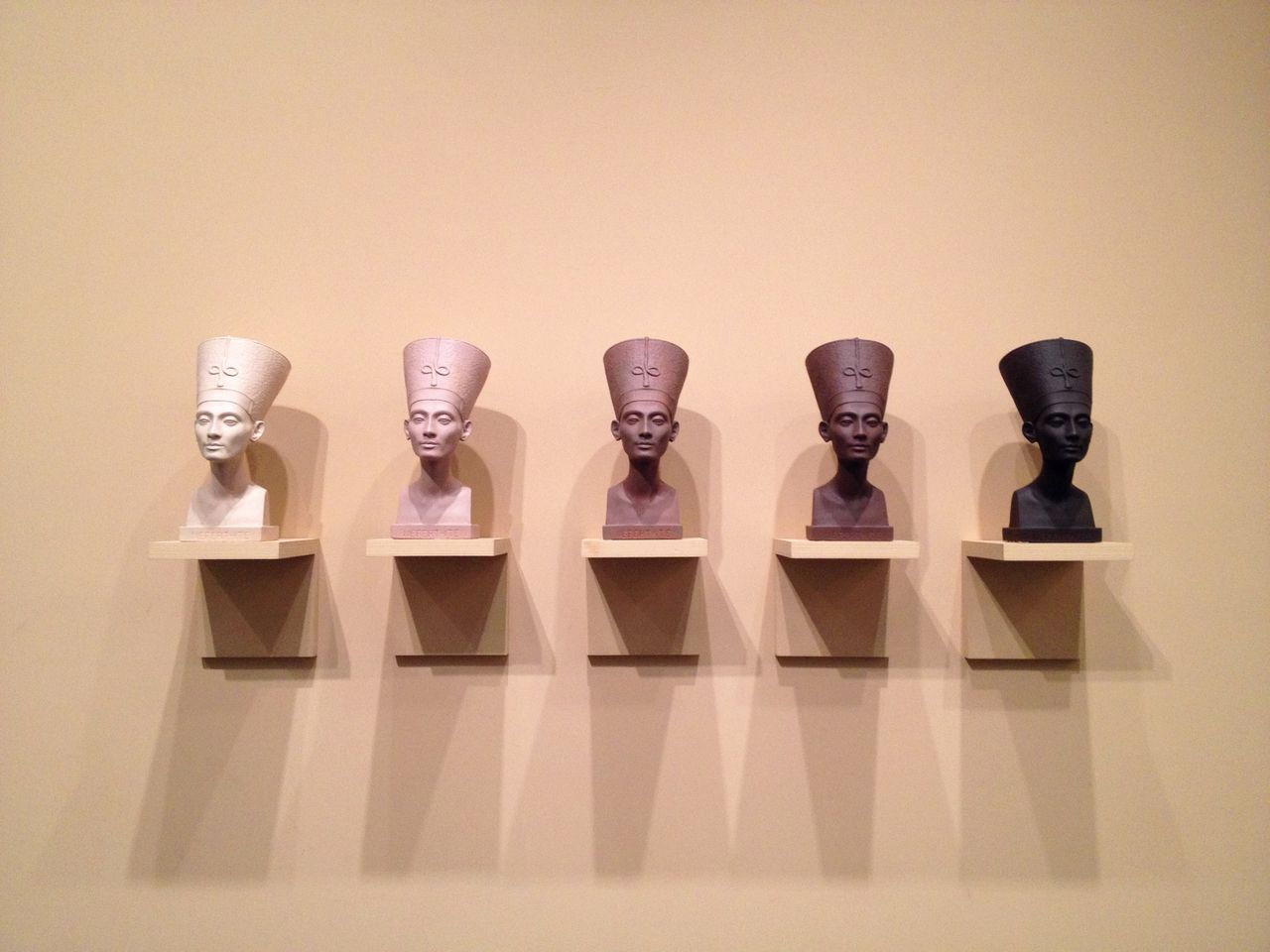 Fred wilson at the brooklyn museum things organized