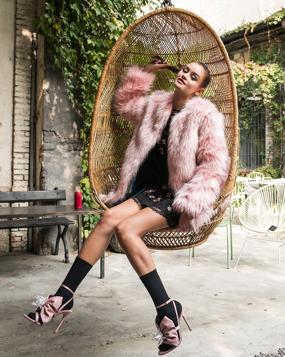 Girl Wearing A Pink Faux Fur Coat Over A Black Mini Dress And Pink High Heels Faux Fur Fashion Fashion Black Dress With Heels [ 1250 x 1000 Pixel ]