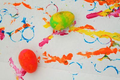 Rolling eggs painting and stamping with 1/2 plastic egg
