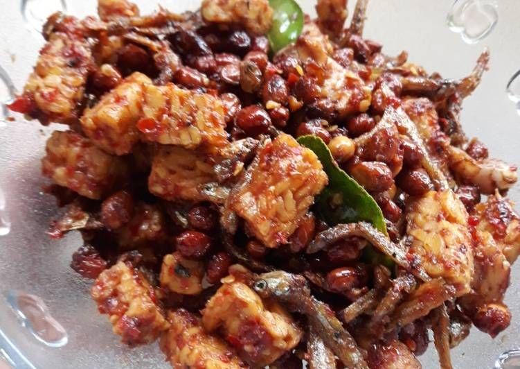Resep Sambal Goreng Ikan Teri Kacang Tanah Tempe Oleh Ika Indriyani Resep Kacang Tanah Resep Masakan Indonesia Kacang