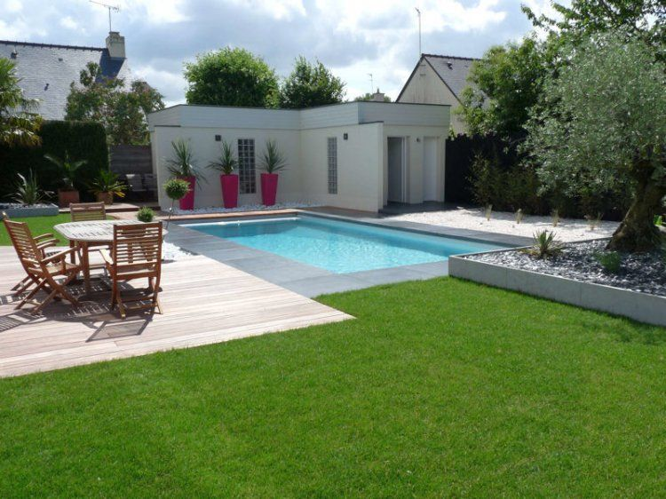 Avant-après : installation dune piscine dans un jardin design