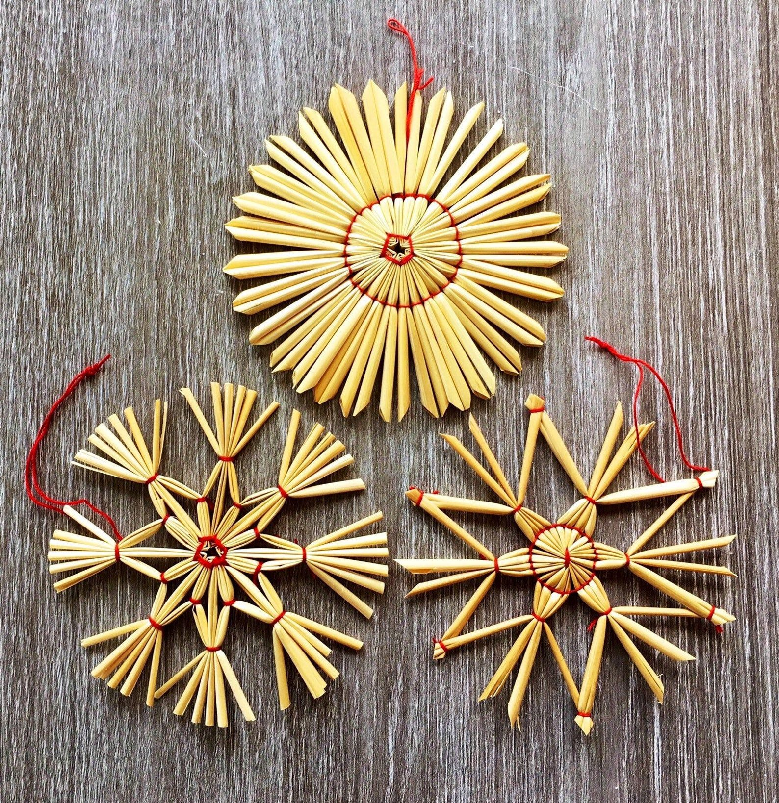 German Straw Christmas Ornaments To Buy Or Make German Christmas Ornaments Christmas Ornaments Christmas Tree Ornaments