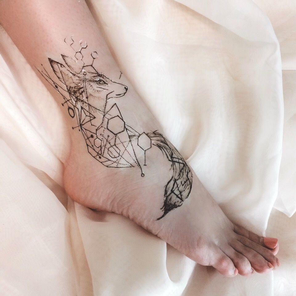 семьей картинки татуировок на стопе вас овальное
