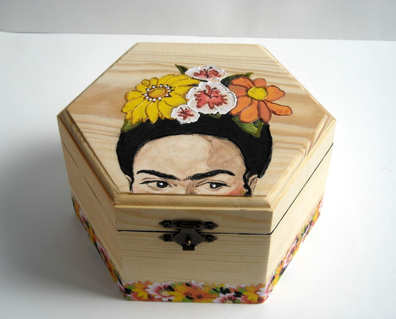 Hand Painted Jewelry Boxes By Bemimes On Etsy So Painted Jewelry Boxes Wooden Box Diy Wooden Jewelry Boxes
