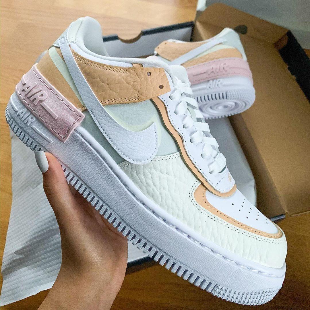 Sneakers NIKE, Nike Air Force 1, AF1 Shadow. Disponible sur