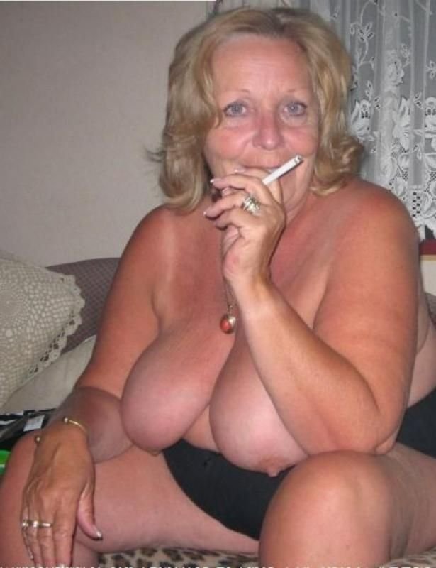 sexy older women smoking