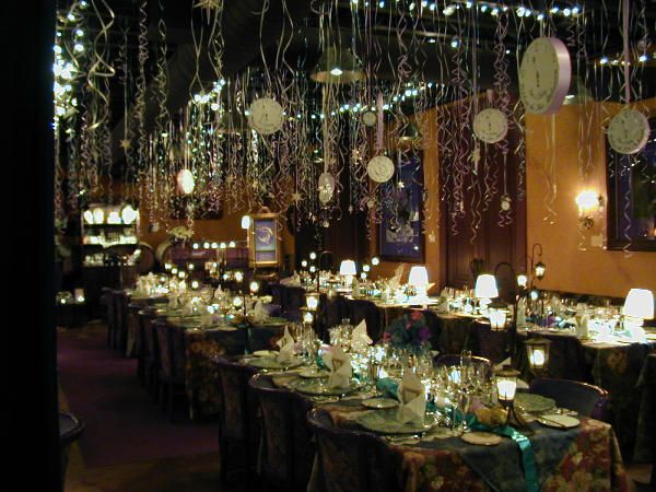 New Year S Decorations Theherbfarm Restaurant Was Lavishly