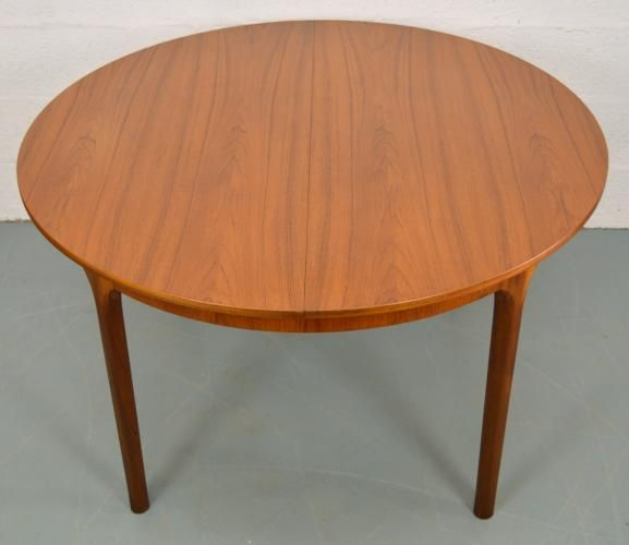 Mid Century Extendable Round Teak Dining Table From Mcintosh For Sale At Pamono Teak Dining Table Table Dining Table