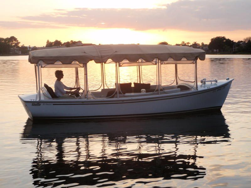 Duffy Electric Boats So Fun For The Whole Family In 2019