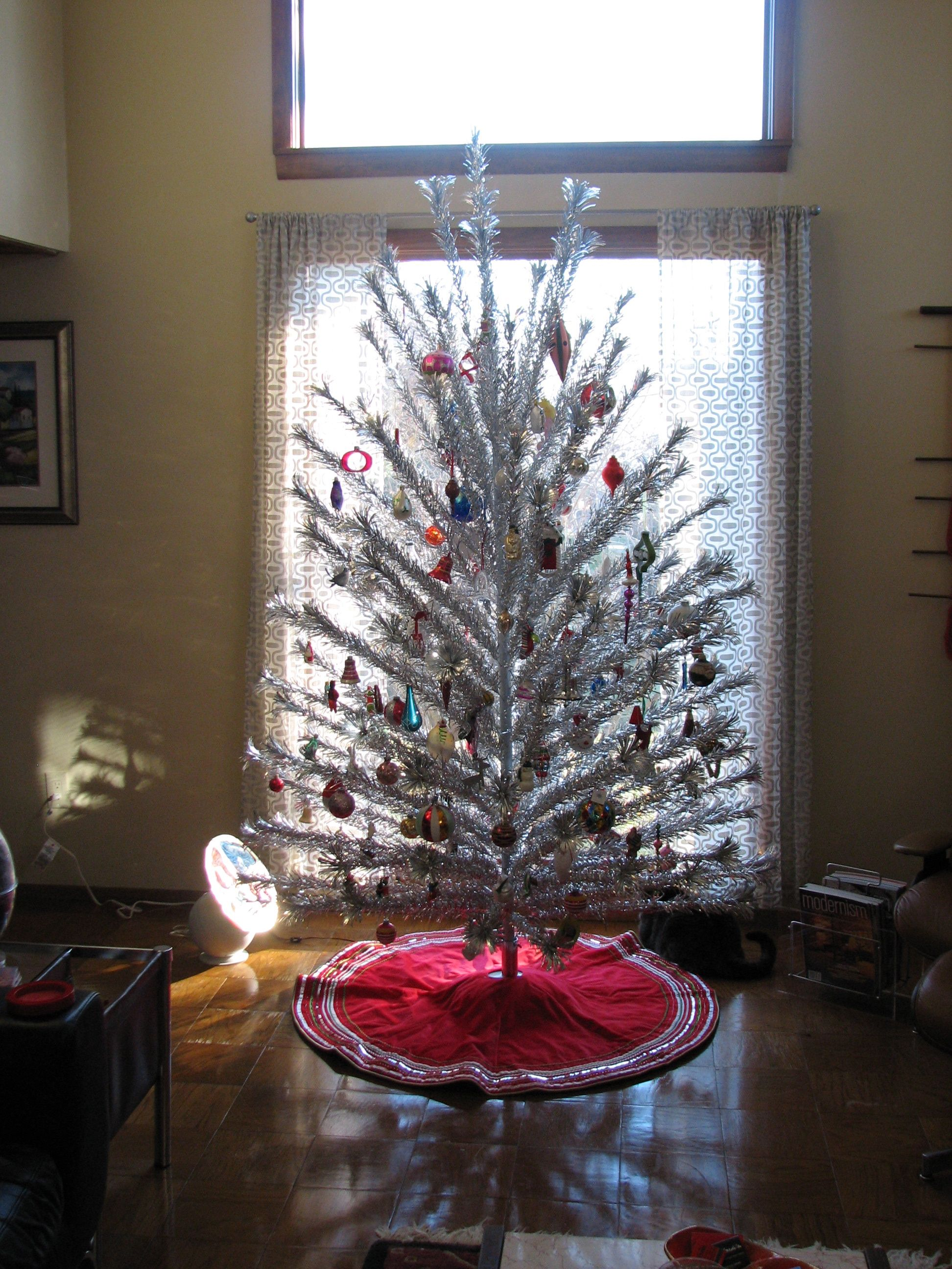 Color Wheel For Aluminum Christmas Tree Part - 42: Retro Aluminum Christmas Tree! I Want...with A Color Wheel, Of