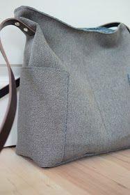 Eine schlichte geradlinige Umhängetasche - die Compass Bag von Noodlehead. #tischsetnähen