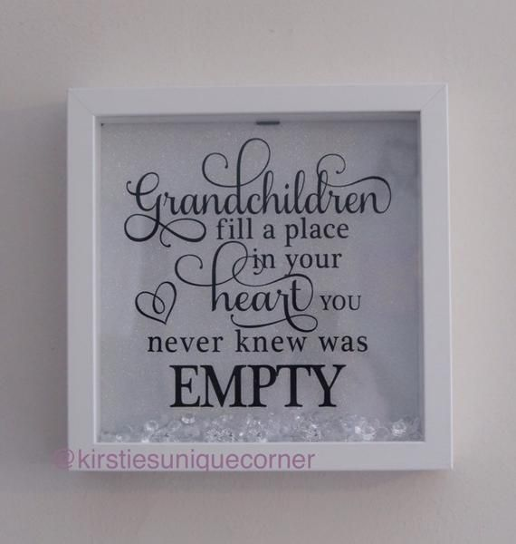 Grandchildren quote frame. Grandparents gift. White quite frame 23x23cm #grandchildrenquotes