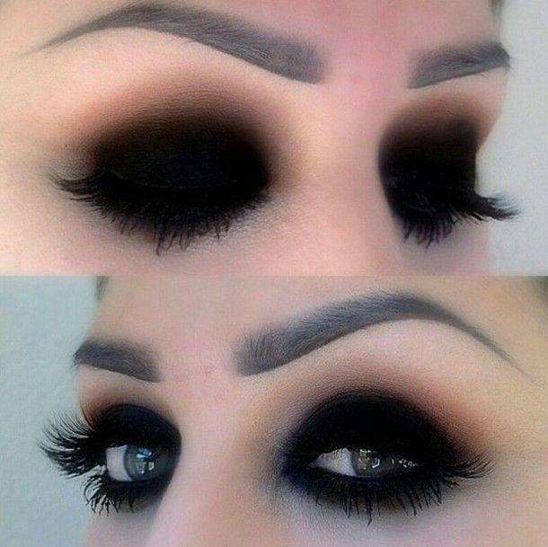 Photo of make-up dark grunge goth nu goth pastel goth kawaii kawaii grunge pastel pale tu…