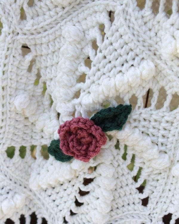 Pinwheel Rose Afghan Crochet Pattern