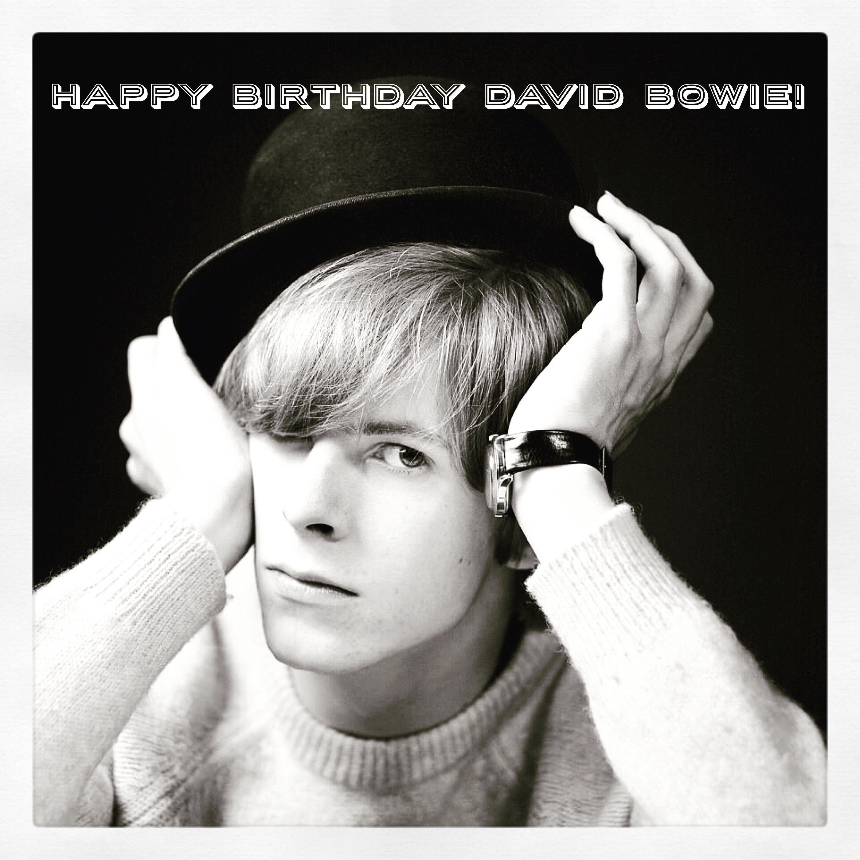 Happy Birthday Davidbowie So Many Amazing Albums To Listen To Today Happybirthday Legend Icon Bowie Fashion Singe David Bowie Starman David Bowie Bowie